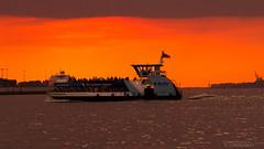 Sunset (II) (hoo_nose_68) Tags: sunset port canon germany deutschland eos harbor ship sonnenuntergang sundown harbour hamburg transport vessel maritime transportation shipping hafen trade schiff elbe seaport handel maritim 2014 schifffahrt schiffahrt elberiver 550d seehafen bubendeyufer canoneos550d hoonose68