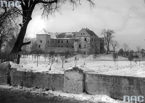 Zamek Szydłowiecki, 1944r. (NAC)