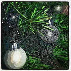 #Christmas #Tree #Baubles #Xmas #Tinsel #FibreOptic (stevenleeuk) Tags: christmas xmas tree tinsel baubles fibreoptic uploaded:by=flickstagram instagram:photo=34269991692043801544571614
