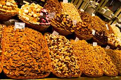 Mercat de La Boqueria (til213) Tags: barcelona food spain market markt mercatdelaboqueria foodphotography