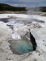 Avoca Spring (center) & Silver Globe Pool (bottom) (9 July 2014) (James St. John) Tags: avoca spring silver globe pool sapphire group biscuit basin upper geyser yellowstone wyoming geology geysers hot springs