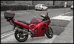 Red Rooster (larry_shone) Tags: motorbike suzuki red suzukirf900r urban selectivecolour motorbikes motorcyclesopentoall