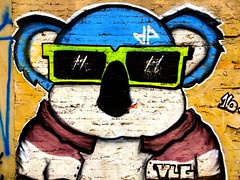 Arte de rua - So Paulo - Brasil (Flatismento) Tags: centrodesopaulo sampa saopaulocity blue grafitti grafite bear urso brasil brazil