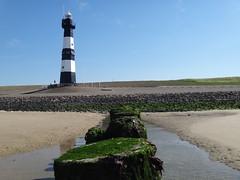vuurtoren | Breskens (Pit Spielmann) Tags: vuurtoren breskens leuchtturm lighthouse phare nieuwe sluis groede zeeuws vlaanderen westerschelde noordzee strand plage beach panoramaweg