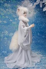 Demon Fox (Lorena Firefly) Tags: bjd boy balljointeddoll blue doll dollfie demon white ears fox demonfox manga anime pure immortalityofsoul ios izmael ios50bodyatype co winter snow moon snowfox