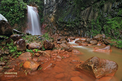 Red Rock Falls (engrjpleo) Tags: pulangbatofalls valencia negrosoriental philippines waterfalls falls landscape outdoor water waterscape longexposure ndfilter rock rocks