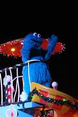 Sesame Place: Neighborhood Street Party Christmas Parade - Cookie Monster (wallyg) Tags: amusementpark buckscounty langhorne neighborhoodstreetpartychristmasparade neighborhoodstreetpartyparade parade pennsylvania sesameplace themepark cookiemonster sesamestreet