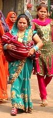Varanasi women pilgrims with baby (bokage) Tags: india uttarpradesh benares ceremony woman ghat varanasi hindu hinduism baby religion