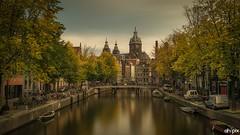 Amsterdam VI (Springer@WW) Tags: amsterdam grachten holland netherlands europe europa water wasser longexposure langzeitbelichtung autumn herbst boat boot