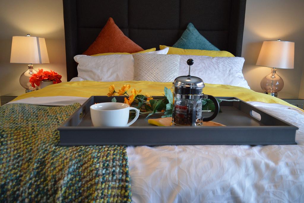 breakfast-in-bed-1158270
