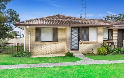 1/4 Lyne Street, Oak Flats NSW 2529