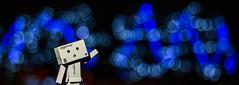 Project 52-34: Bokeh (albertobastos) Tags: project52 week34 bokeh lights danbo christmas blur blue night dark photography canon 6d 50mm