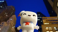 Stay Puft Marshmallow Man (The Flying Inn) Tags: newyork monster giant toy comedy doll sweet manhattan sony ghost vinyl pop haunted marshmallow 80s figure horror movies