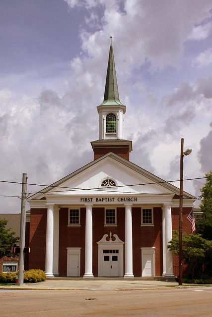 First Baptist Church - Kingston, TN