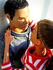 Darius & Adele (Deejay Bafaroy) Tags: red portrait white black rot closeup toys outdoors high doll dolls power stripes barbie portrt reid makeda staying adele fr weiss schwarz striped homme puppe draussen puppen streifen integrity brow darius gestreift fashionroyalty
