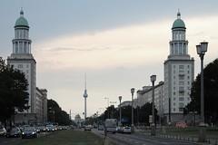FRANKFURTER TOR (maulegon) Tags: berlin tor hermann frankfurter alle frankfurterallee frankfurtertor henselmann