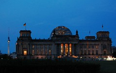 Same View, Few Hours Later (cn174) Tags: berlin germany deutschland reichstag bundestag kanzleramt