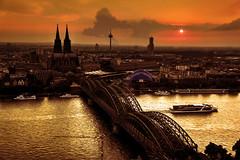 Köln, Cologne (Schneeglöckchen-Photographie) Tags: city night nacht cologne köln stadt