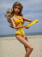 4ppHHsaki065 (Lisa/Alex's doll) Tags: ocean new summer sun beach point toys sand dolls nj honey shore harajuku jersey frisbee nippon pleasant integrity misaki