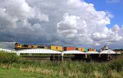 66745 at Goole swing bridge (delticfan) Tags: day cloudy potters class66 gbrailfreight gbrf 66745 gooleswingbridge
