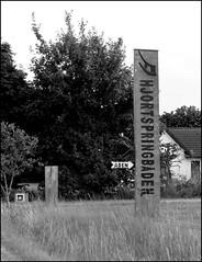 Hjortspringbden (Landanna) Tags: bw white black denmark viking zwart wit dnemark danmark sort als holm hvid denemarken zw snderjylland vikingboat vikinghistory zuidjutland hjortspringbden