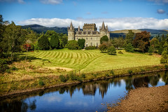 Inveraray Castle (Damon Finlay) Tags: castle landscape scotland highlands fuji argyll scottish fujinon inveraray scottishhighlands argyllandbute highlandsandislands xe1 inveraraycastle f284 xf1855mm xf1855mmf284
