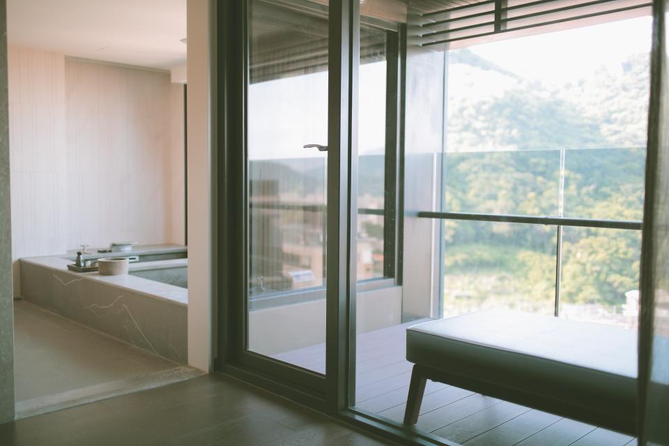 bath026.JPG