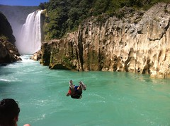 Clavado, Río de Tamul (st4rk) Tags: méxico río river cascada slp huasteca tamul sanluispotosí clavado cascadadetamul huastecapotosína