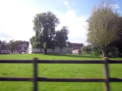 Farmhouse - In the moving car (hobbyphoto18) Tags: tree farmhouse fence countryside movement farm country inthecar campagne arbre nordpasdecalais ferme barriere mouvement inthemovingcar