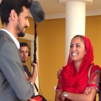 """Stany Coppet e Hiba Abouk en el rodaje de la segunda temporada de """"El Príncipe"""""""