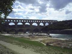 mot-2006-remoulins-pic_0130_pont-du-gard-2_800x600