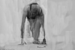 Yoga (Silvia Boecke) Tags: yoga fun nikon power body spirit breath soul d200 geist seele iphone atem hathayoga spas krper bewusstsein anspannen yog yogin silviaboecke anjochen zusammenbinden anschirren