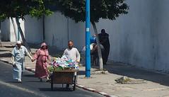 Holding hands, Casablanca Marokko (Cl@udi!) Tags: morocco casablanca marokko rabat