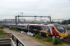 390107 bb Rugby 230616 D Wetherall (MrDeltic15) Tags: virgintrains pendolino class390 390107 independanceday wcml rugby