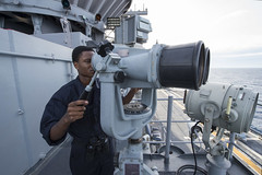 160927-N-JS726-027 (SurfaceWarriors) Tags: navy marines amphibiousassault philippinesea bonhommerichard bigeyes lookout expeditionarystrikegroup underway deployment military
