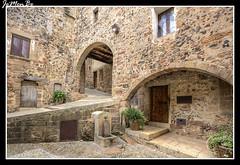 Santa Pau (jemonbe) Tags: santapau gerona girona villa medieval jemonbe