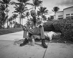 Super Fly (35mmStreets.com) Tags: blackwhite street city southbeach miami florida collinsave washingtonstreet sobe photography nikon 35mm bw df nik 35mmstreets d600 urban portrait d750 kittens havana d4s sony dsc rx1rm2 lightroom silverefex little