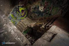 Wo ein Wille, da ein Weg (Carismarkus) Tags: abandonedplace berlin brauerei lostplace urbex bärenquell treppe staircase treppenauge