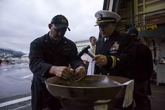 161128-N-JH293-232.jpg (CTF 76) Tags: amphibious force ussgb greenbay ussgreenbay lpd20 japan sasebo bhr ctf76 forwarddeployed us7thfleet pacific ocean water navy ship sailors wisconsin packers jpn