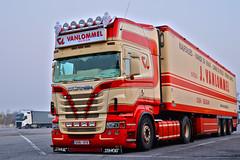 Scania R09 J.Van Lommel (Samuele Trevisanello) Tags: vanlommel van lommel beige red power amazing besttruck love it scania scaniar scaniapower scaniavabis scaniaholland scaniatrucks scaniav8 scaniaitalia scaniatruck v8power italia italy goinstyle truck trucks truckspotting truckspotter fotobyst picoftheday allaperto hollandstyle hollandtruck como docks camion v8 veicolo belgium belgiumtruck belgiumstyle jvanlommel