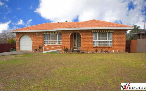 2 Mawson Place, West Kempsey NSW 2440