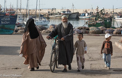 Family  - Essaouria, Morocco (Hans Olofsson) Tags: 2016 essaouira marocko morocco family familj muslim hamn habour