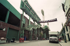 Superia-03 (Shonkikong) Tags: fujisuperia yashica film analog fuji usa travel boston baseball redsox