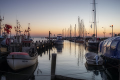 boat trip (Rainer Schund) Tags: boat trip nikon natur wasser baltic see meer abend abens sunset boote hafen boot nikond4