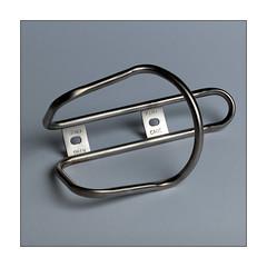Titanium King Cage (Istvan Penzes) Tags: penzes hasselblad503cw hasselbladcfv50c mf digital manualfocus iso100 makroplanar4120mm elinchrom quadrahs rotalux70x70cmsoftbox kingcage titanium