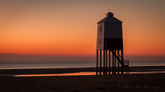 Lighthouse Sunset (martingrant58) Tags: eos7d lighthouse lowlighthouse burnhamonsea sunset beach eveninglight