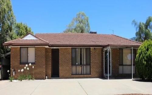 22 Pugsley Avenue, Estella NSW 2650