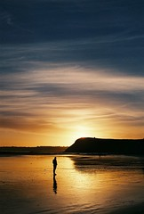 (Filip.G) Tags: nikonfa nikkor50mmf12 hillvalesunny16 analogue 35mm sunset australia phillipisland