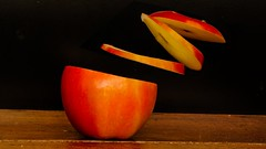 Apple 612 (Yasmine Hens) Tags: hensyasmine namur belgium wallonie europa aaa بلجيكا belgique bélgica ベルギー белгия բելգիա belgio 벨기에 belgia бельгия 比利时 bel be magical apple pomme