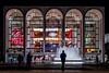Metropolitan Opera (Lucille-bs) Tags: amérique etatsunis usa newyork opéra metropolitanopera nuit lumière chagall salledespectacle théâtre jetdeau silhouette fontaine